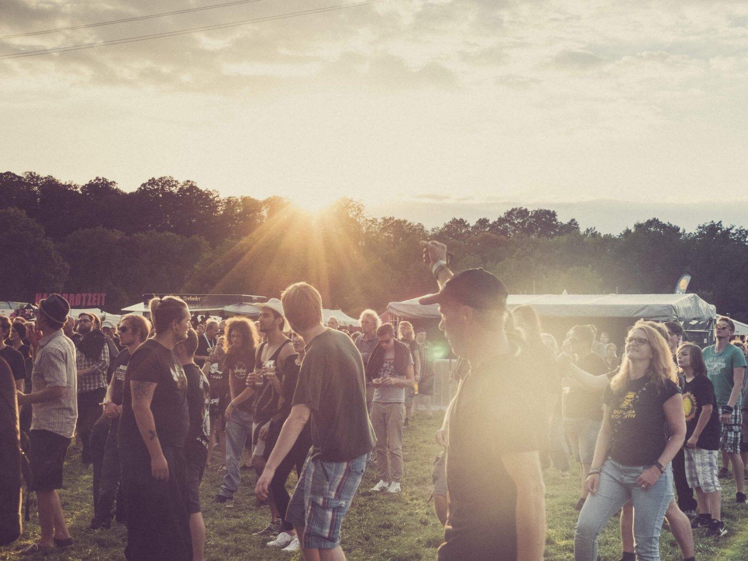 Impressionen vom Umsonst & Draußen Festival in Veltheim